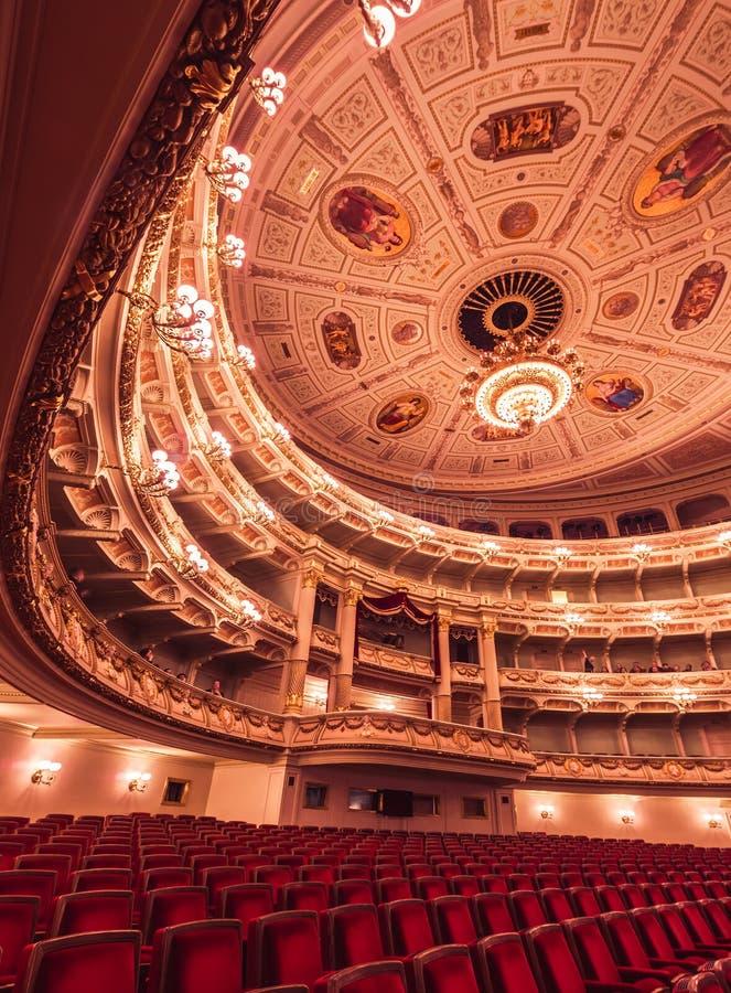 Opera di Semperoper a Dresda Germania immagine stock
