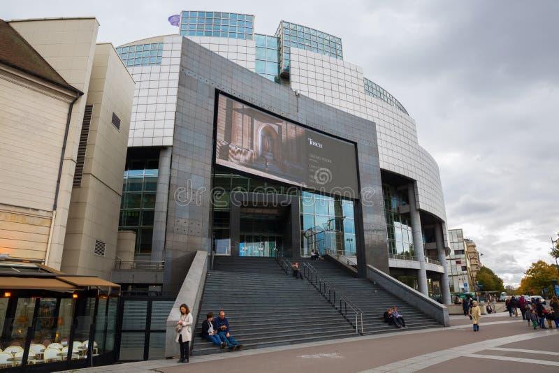 OperaBastille i Paris, Frankrike royaltyfri fotografi