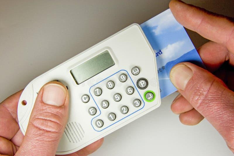 Operación bancaria a domicilio imagen de archivo