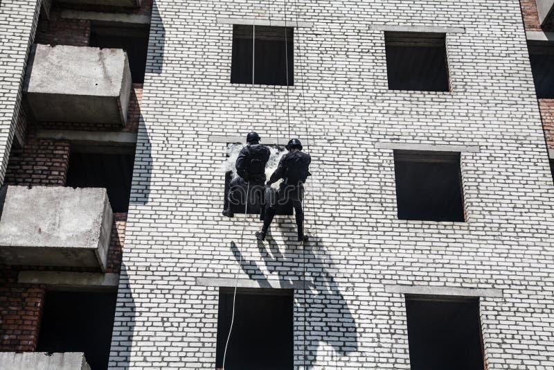 Operación del asalto del GOLPE VIOLENTO foto de archivo