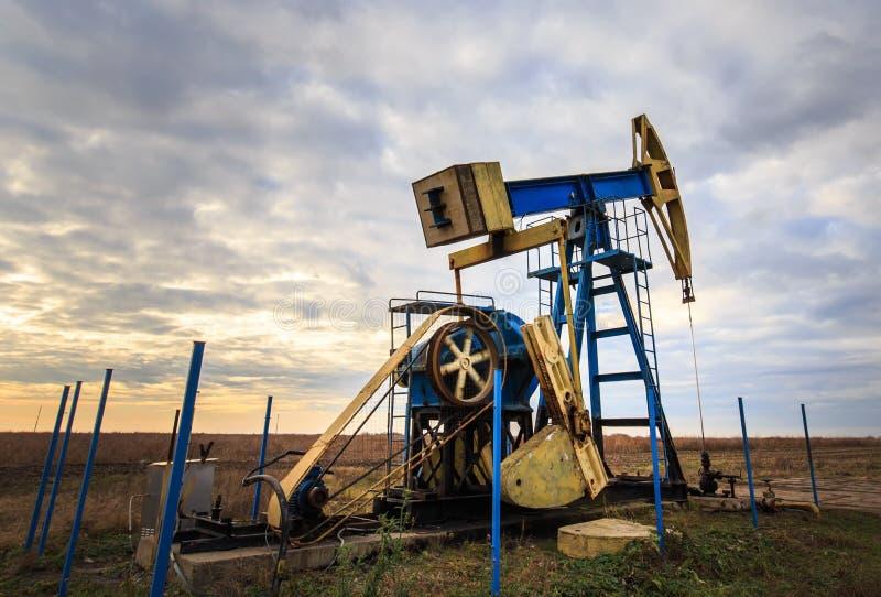 Operacyjny ropa i gaz well obrazy royalty free