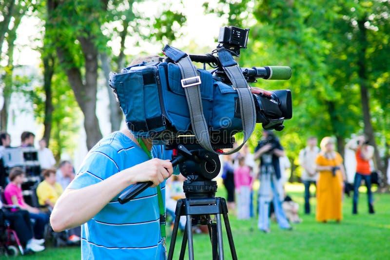 Operador cinematográfico da televisão imagem de stock royalty free