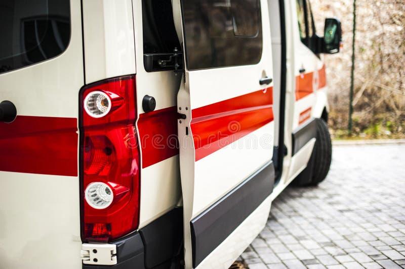 Operador da emergência na ação fotografia de stock