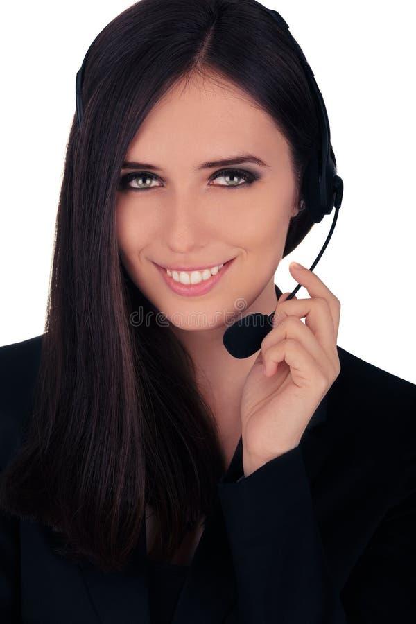 Operador de centro de atención telefónica en chaqueta negra foto de archivo