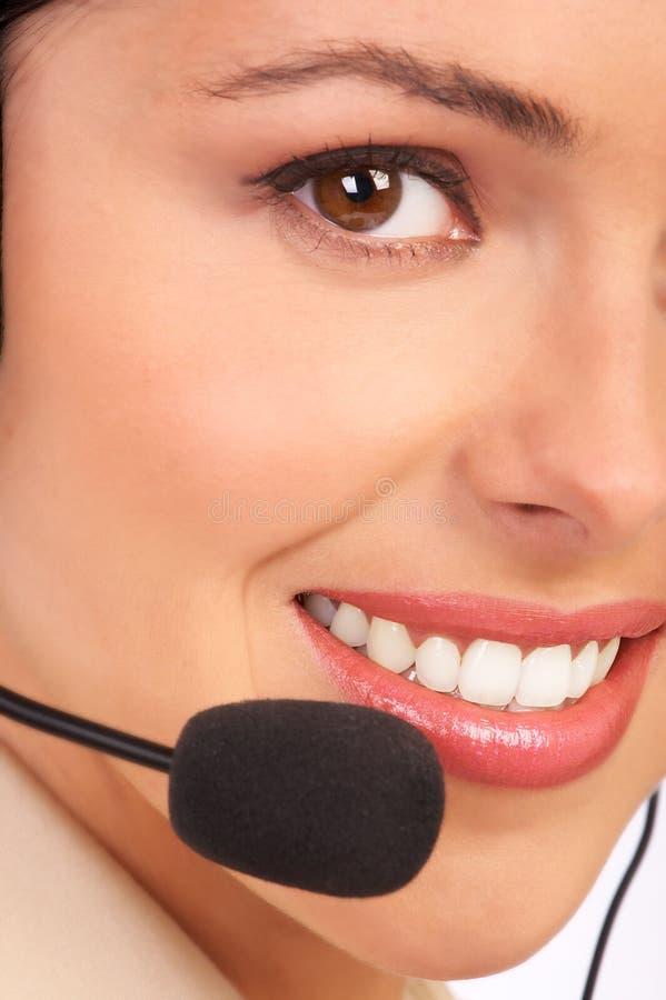 OPERADOR de un CENTRO DE ATENCIÓN TELEFÓNICA foto de archivo libre de regalías