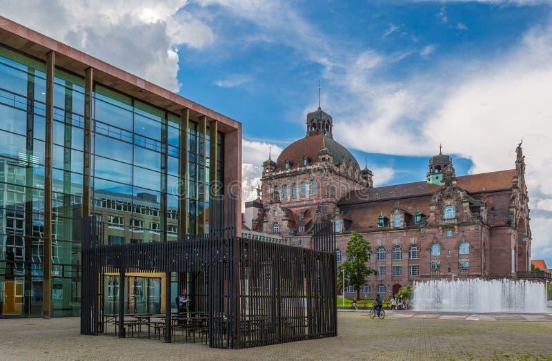 Operahus och Lekstuga-Nuremberg, Tyskland arkivbild