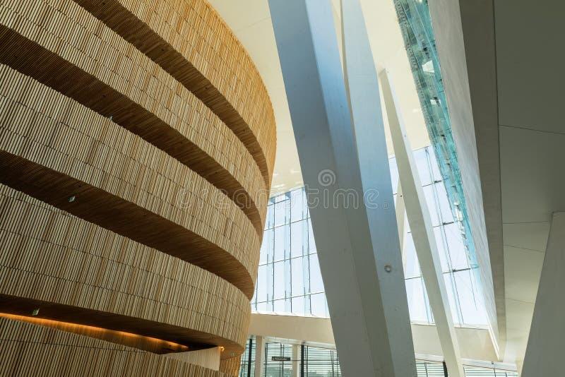 Operahuset - Operahuis in Oslo Binnenlands noorwegen stock fotografie