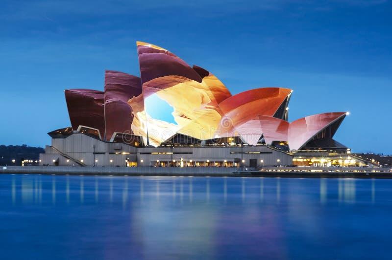 Operahusnattbelysning Sydney Australia fotografering för bildbyråer
