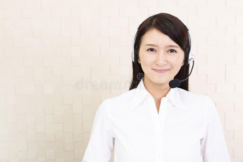 Operatore sorridente della call center immagini stock libere da diritti