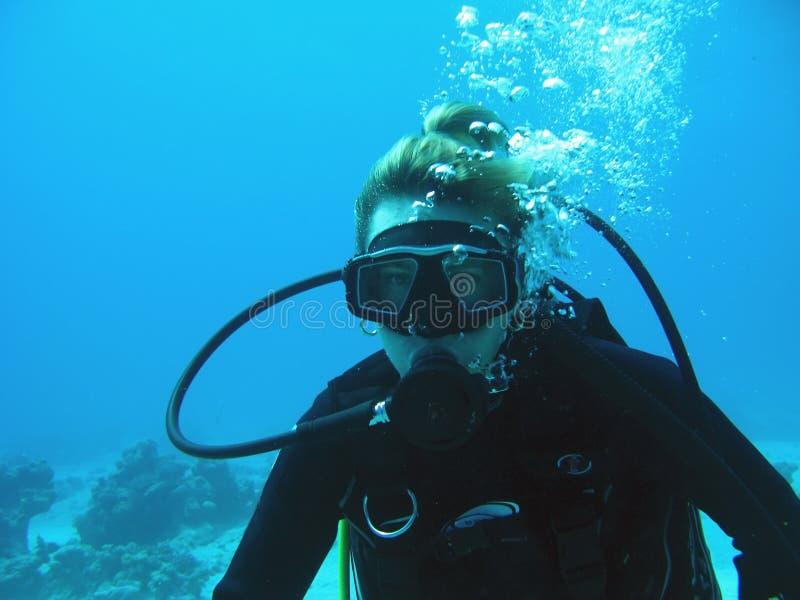 Operatore subacqueo della donna fotografia stock