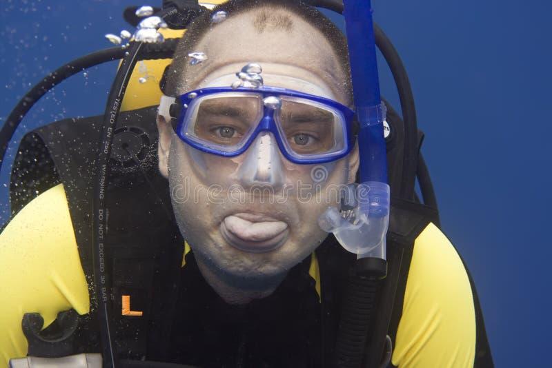 Operatore subacqueo dentro in profondità fotografie stock