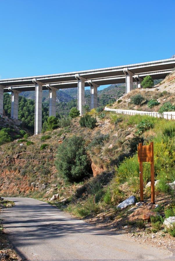 Opgeheven autosnelweg in Benalmadena, Spanje royalty-vrije stock afbeelding