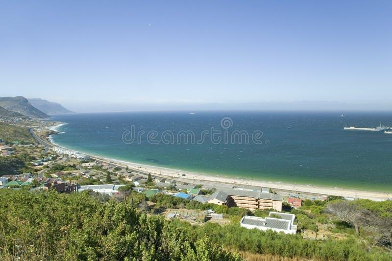 Opgeheven toneelmeningen over de manier aan Kaappunt, Kaap van Goede Hoop, buiten Cape Town, Zuid-Afrika stock fotografie