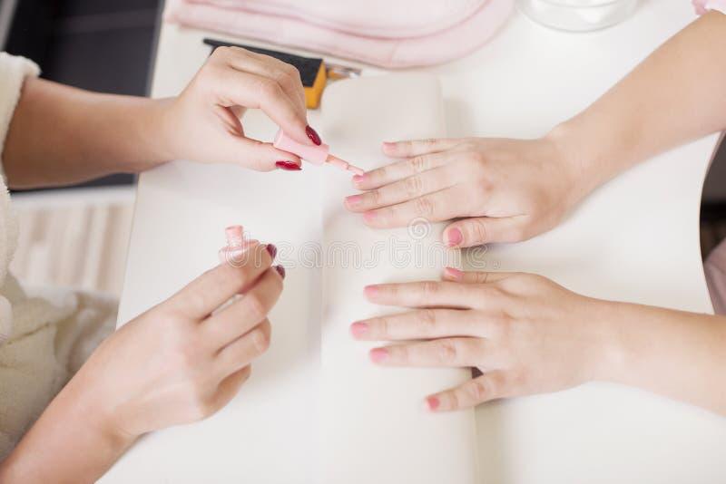 opieka paznokcia gwóźdź bawełny usunąć mopu lakier obraz stock
