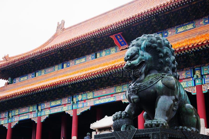 Opiekunu lew Brama Najwyższa harmonia Taihemen zdjęcie stock