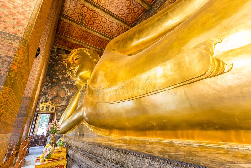 Opiera Buddha przy Watem Pho zdjęcie royalty free