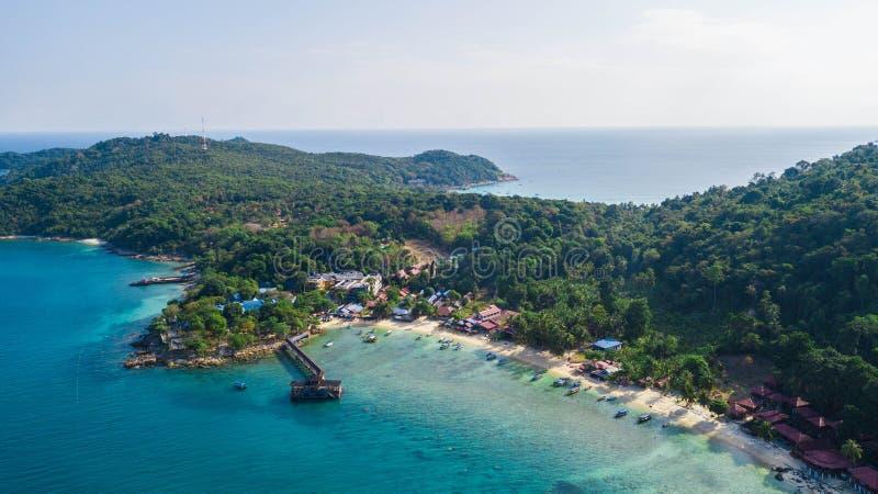 Opinião aérea bonita Coral Bay em Pulau Perhentian Kecil Destino do feriado em Malásia Ásia imagem de stock royalty free