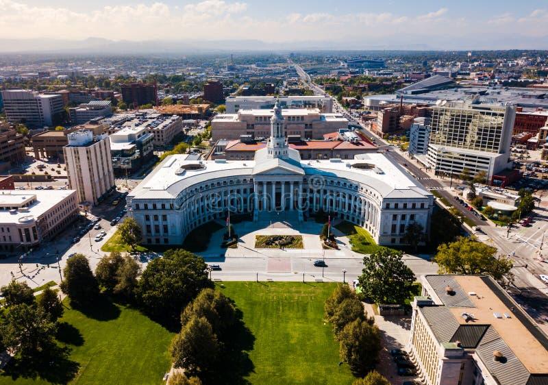 Opinião aérea da arquitetura da cidade do Capitólio e da Denver do estado de Colorado fotos de stock royalty free