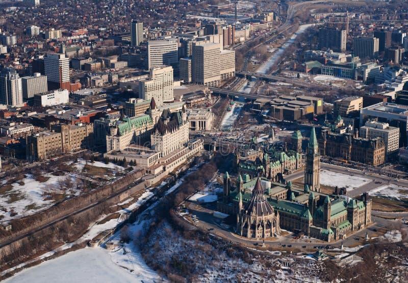 Opinião aérea da baixa de Ottawa fotografia de stock royalty free