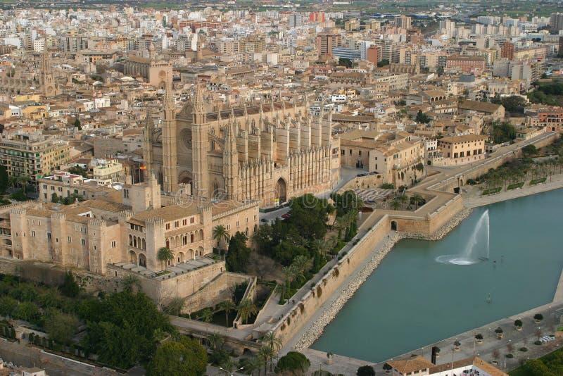 Download Opinião Aérea Da Catedral De Palma De Maiorca Imagem de Stock - Imagem de monumentos, aéreo: 65578485