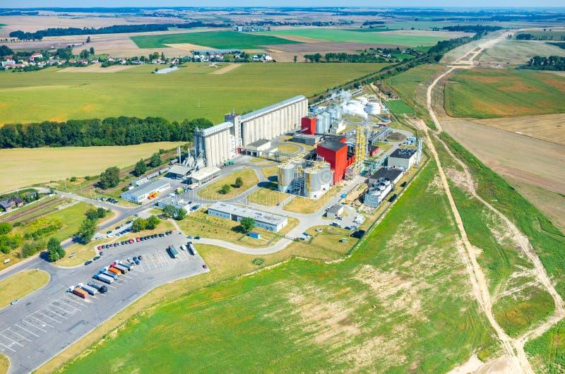 Opinião aérea da fábrica do combustível biológico foto de stock