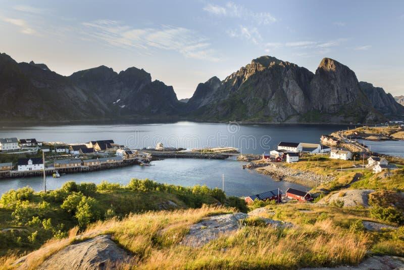 Opinião aérea da montanha em ilhas de Lofoten, Noruega imagens de stock