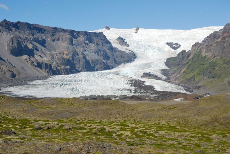 Opinião aérea da moraine da geleira de Skaftafellsjokull, parque nacional de Skaftafell, Islândia foto de stock royalty free