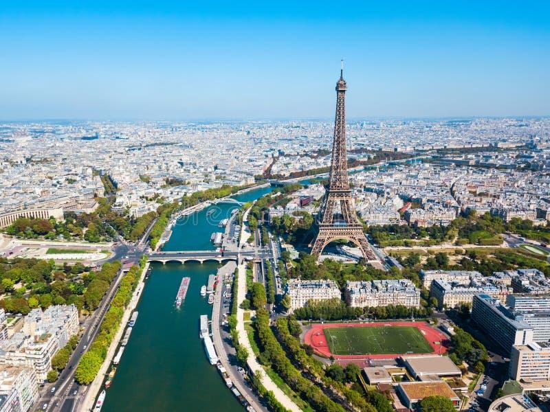 Opinião aérea da torre Eiffel, Paris foto de stock royalty free
