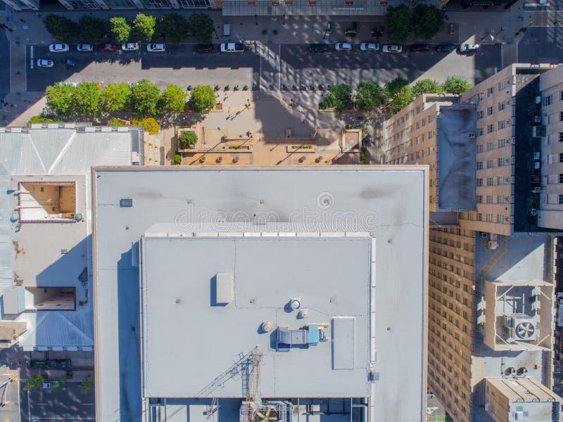Opinião aérea do olho do ` s do pássaro do zangão da cidade de Raleigh, NC imagem de stock