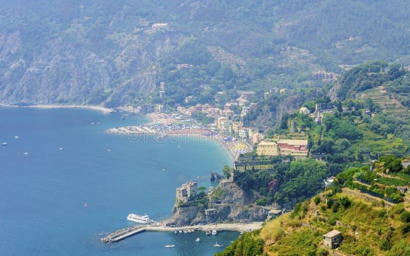 Opinião aérea Monterosso Al Mare, Cinque Terre, Itália foto de stock