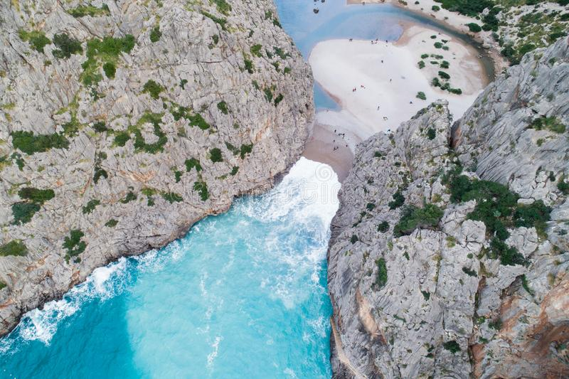 Opinião aérea Torrente de Pareis, Mallorca, Espanha foto de stock royalty free