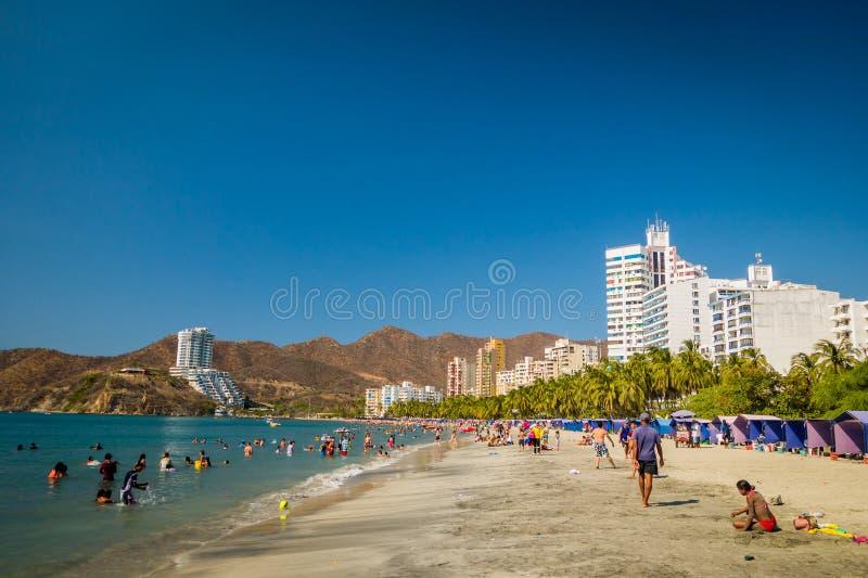 Opinião bonita da praia do litoral Santa Marta imagens de stock royalty free