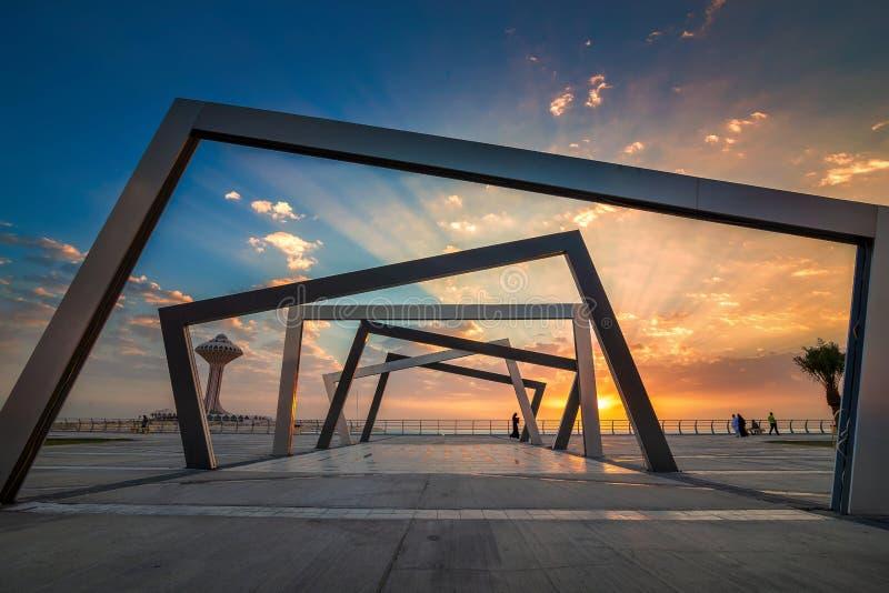 Opinião bonita do nascer do sol em Dammam Al Khobar Corniche Saudi Arabia imagem de stock royalty free