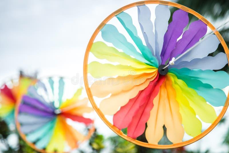 Opinião colorida do close up do moinho de vento do estilo do sudeste da forma do círculo imagem de stock royalty free