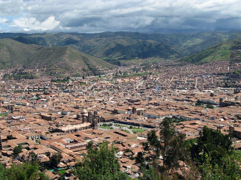 Opinião da arquitectura da cidade de Cusco em Peru imagem de stock