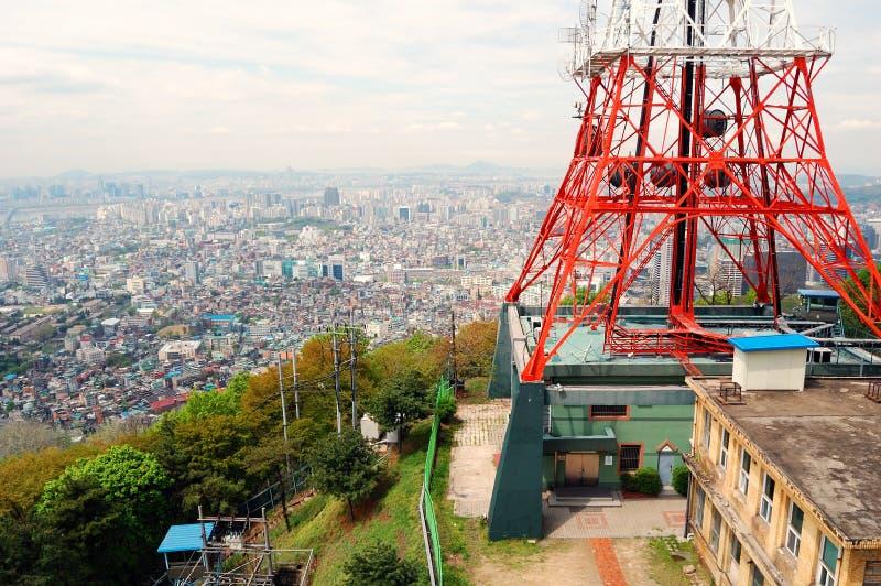 Opinião da cidade da torre de Seoul fotografia de stock royalty free