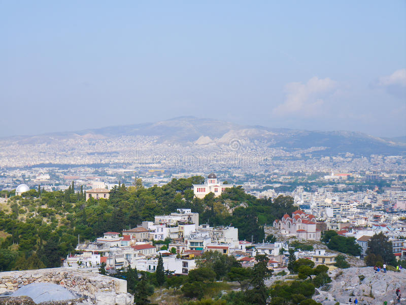 Opinião da cidade de Atenas, Grécia imagem de stock