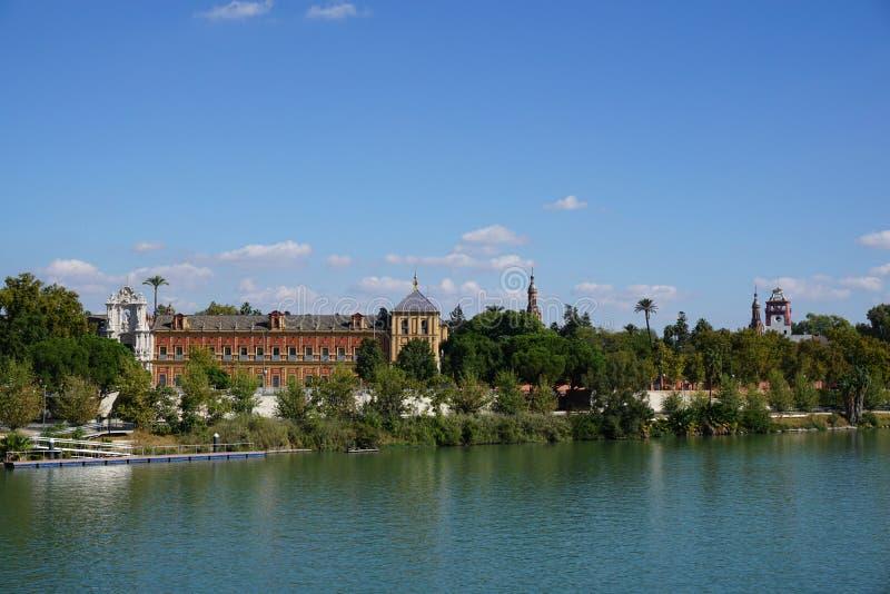 Opinião da cidade de Sevilha fotografia de stock