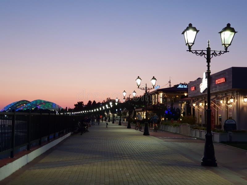 Opinião da cidade de Sochi do por do sol fotografia de stock royalty free
