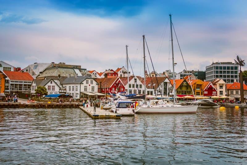 Opinião da cidade de Stavanger, Noruega fotos de stock