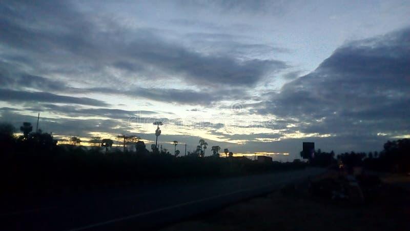 Opinião da estrada do amanhecer fotografia de stock royalty free