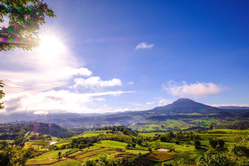 Opinião da montanha alta de Khao Kho, Phetchabun, Tailândia imagem de stock