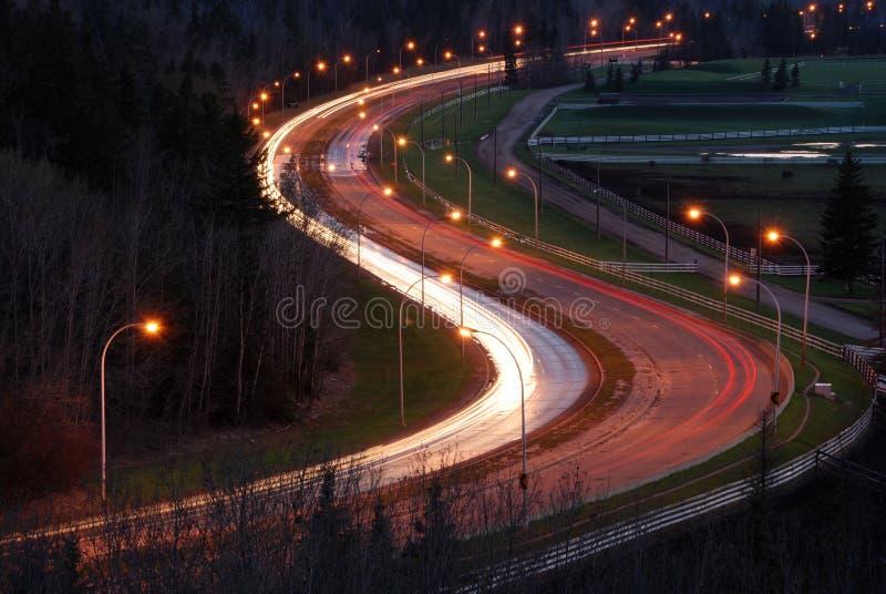 Opinião da noite da estrada foto de stock royalty free