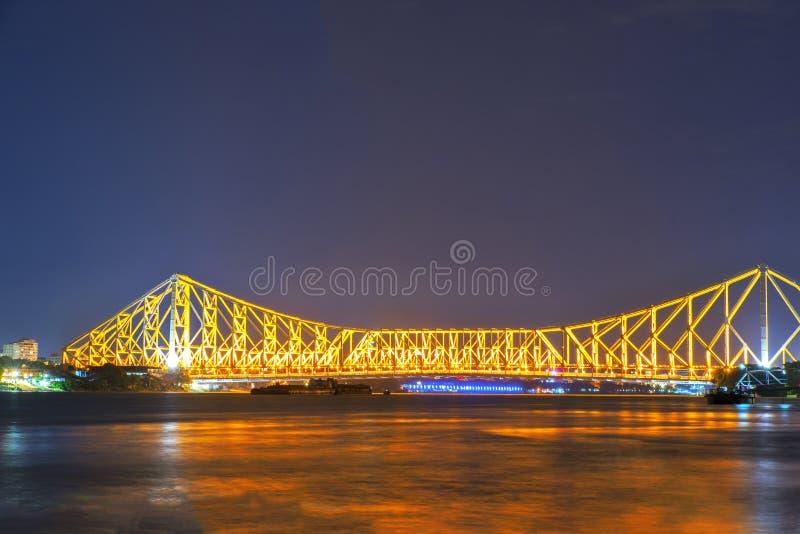 Opinião da noite da ponte de Howrah imagens de stock