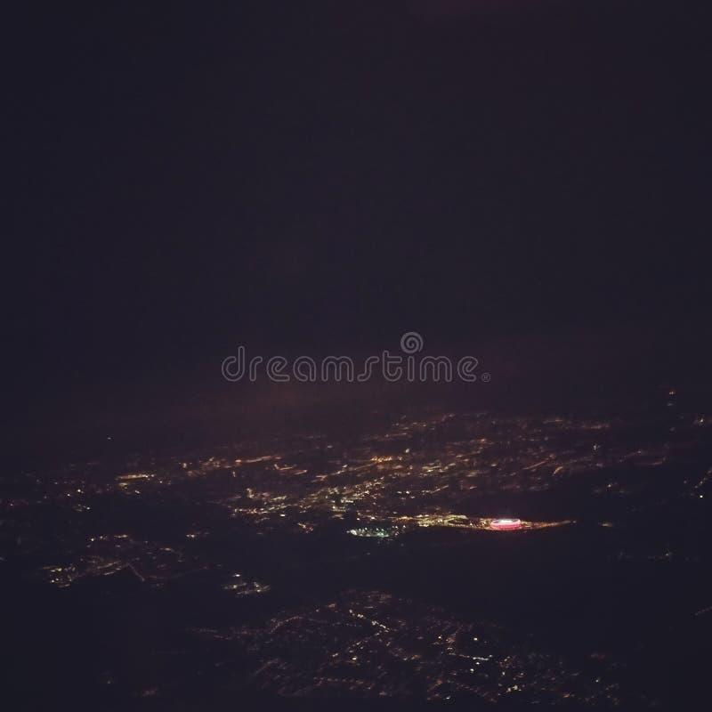 Opinião da noite de Munich foto de stock
