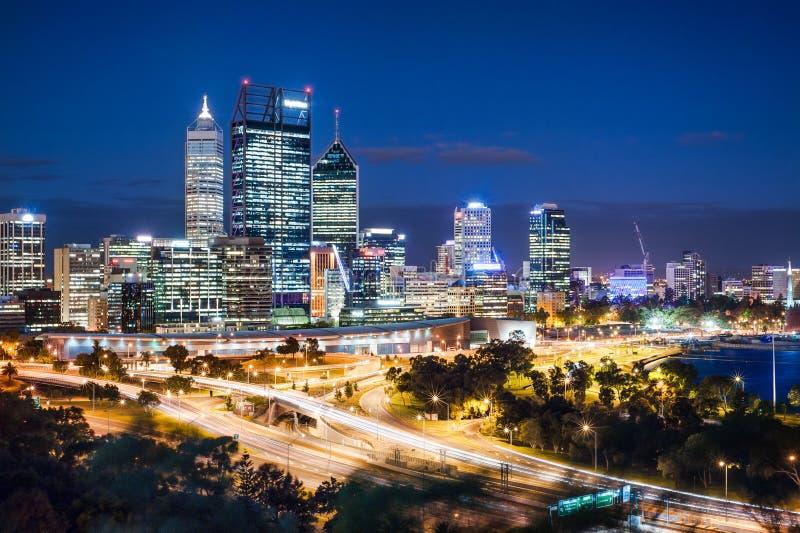 Opinião da noite de Perth fotografia de stock royalty free