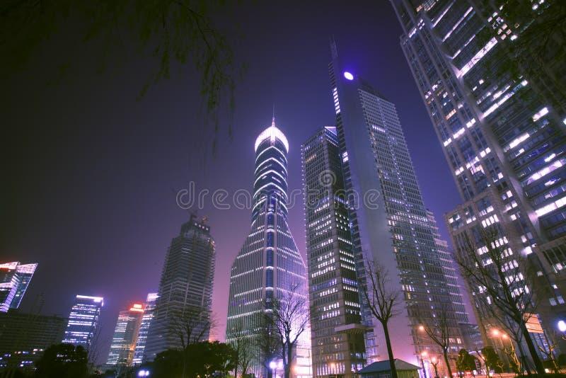 Opinião da noite de shanghai imagens de stock
