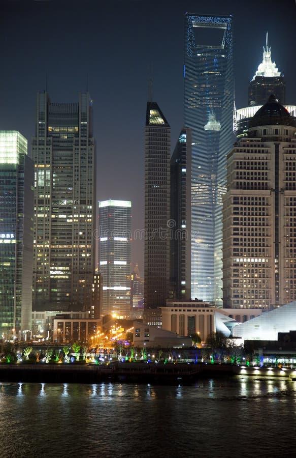 Opinião da noite de Shanghai, China imagens de stock