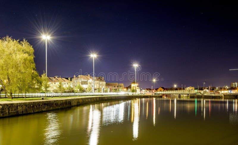 Opinião da noite sobre a bacia Bristol B de Cumberland imagem de stock