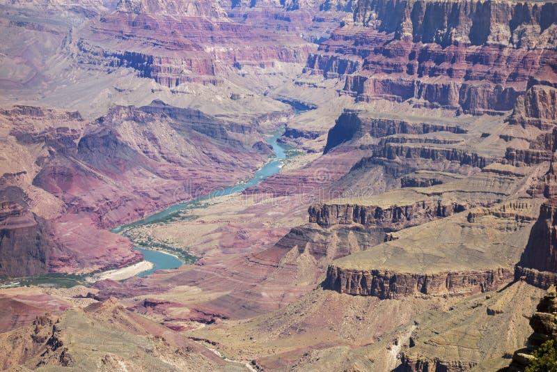 Opinião da paisagem do Telephoto do Arizona do parque nacional do Rio Colorado Grand Canyon fotos de stock royalty free